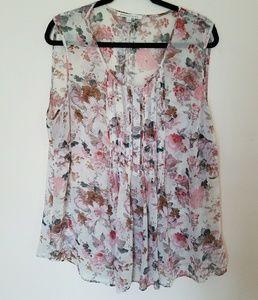 Sleeveless Blouse in Flower Print